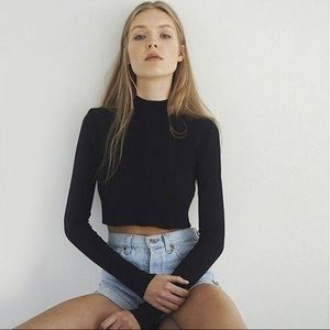 90s vintage ribbed cropped turtle neck